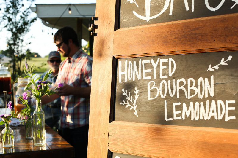 honeyed-bourbon-lemonade-farm-dinner