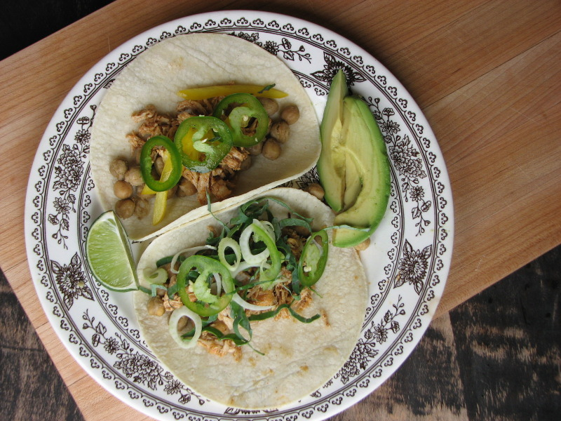 shredded-chicken-tacos-garden-veggies